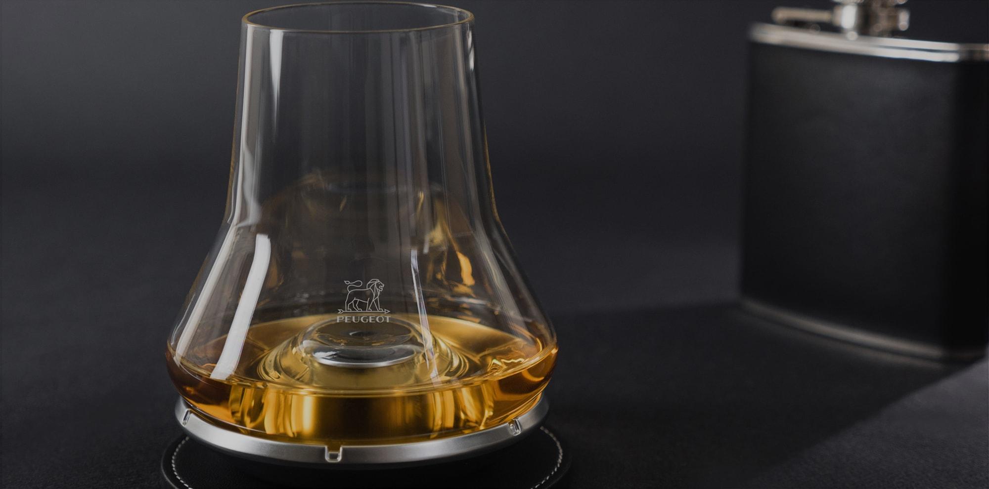 le verre whisky peugeot saveurs. Black Bedroom Furniture Sets. Home Design Ideas